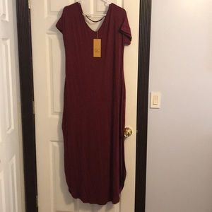 Brand new dress with pockets